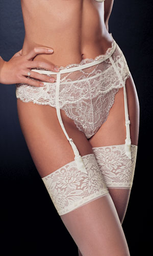 Chantelle Chantilly Suspender belt