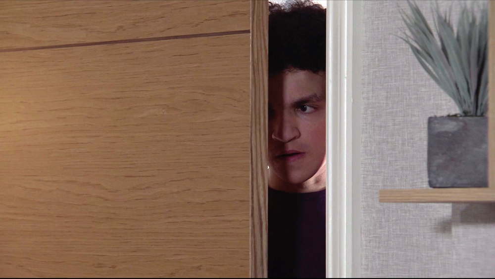 Simon sneaks out / Picture Credit: ITV