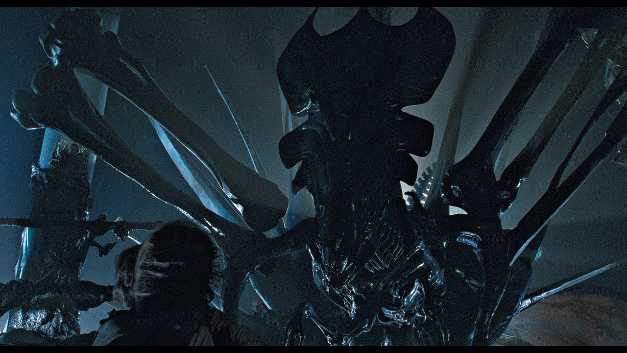 The deadly Alien Queen / Photo Credit: 20th Century Fox