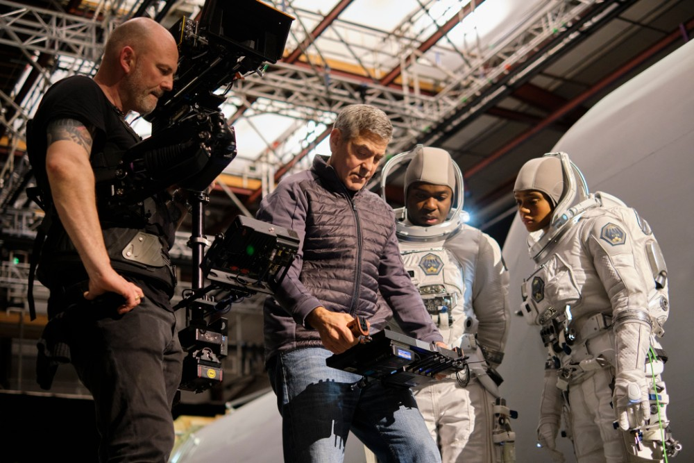 Director George Clooney behind-the-scenes of The Midnight Sky / Picture Credit: Netflix