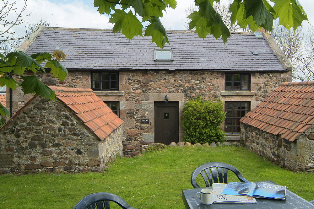 Last minute easter staycations cosy cottage and all for All weather homes