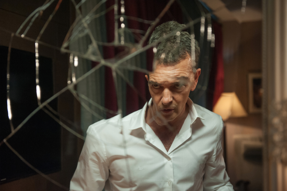Antonio Banderas returns to the world of action