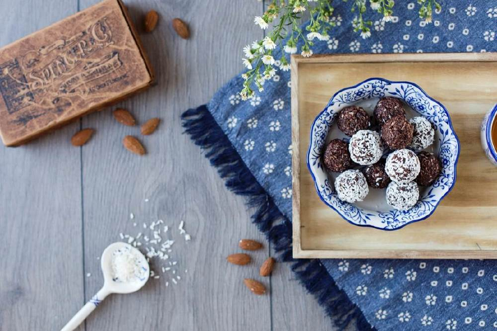 Vegan Coconut and Almond Truffles