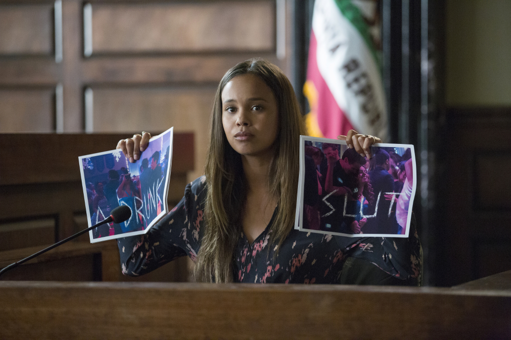 Alisha Boe as Jessica Davis / Photo Credit: Beth Dubber/Netflix