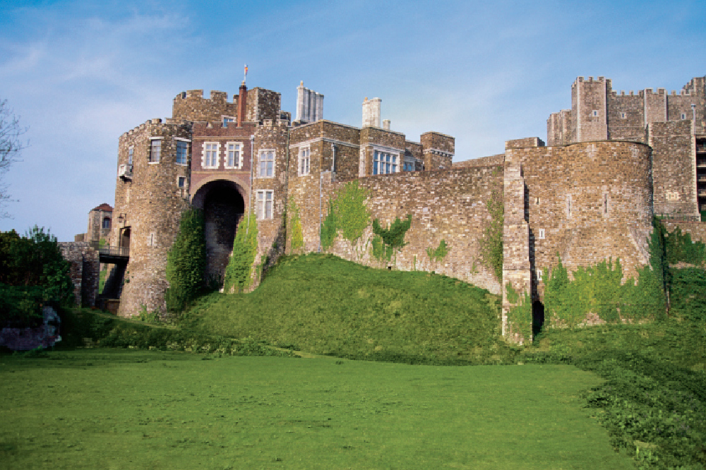 33 Beautiful Castles To Visit In England In Pictures