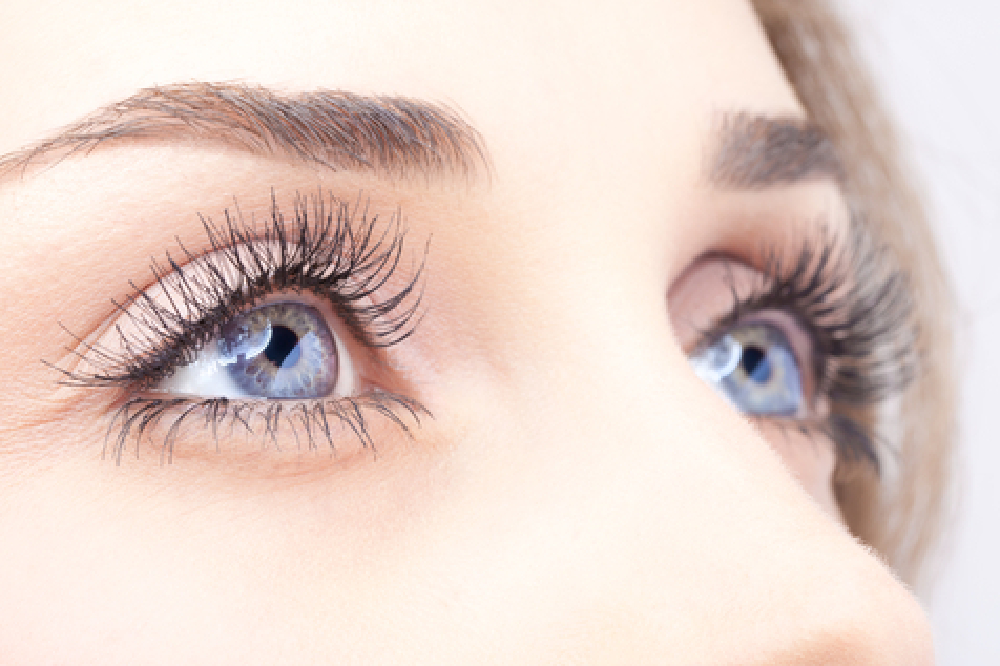 How To Make Your Eyes More Beautiful Without Makeup