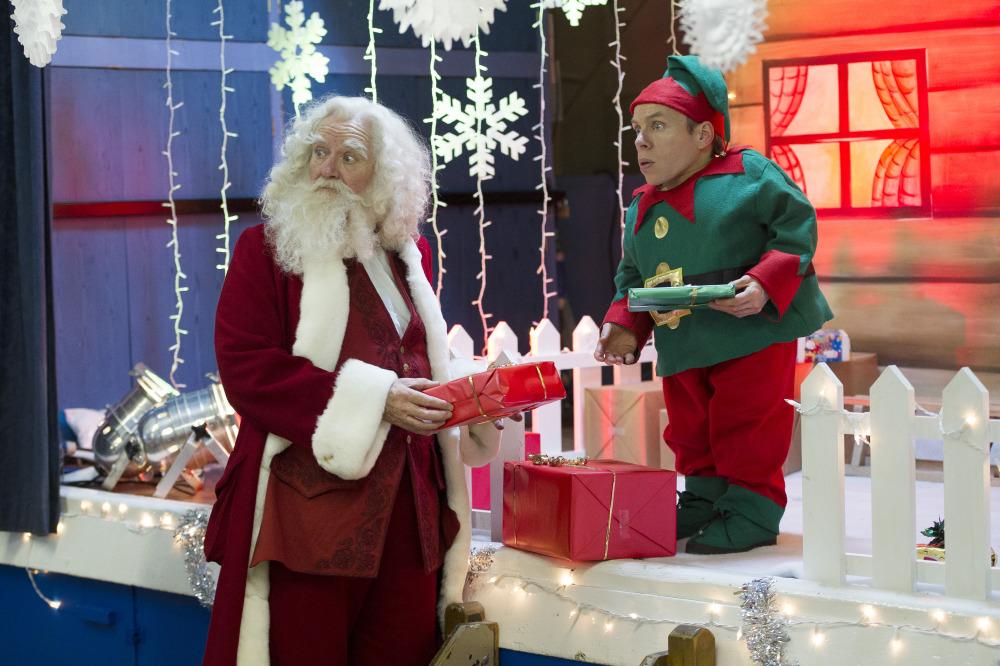 get santa - Best Christmas Movies For Kids