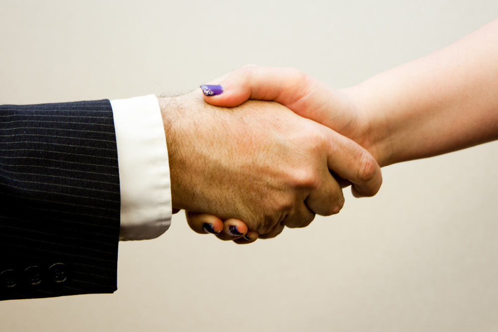 We find out what it means to dream about a handshake