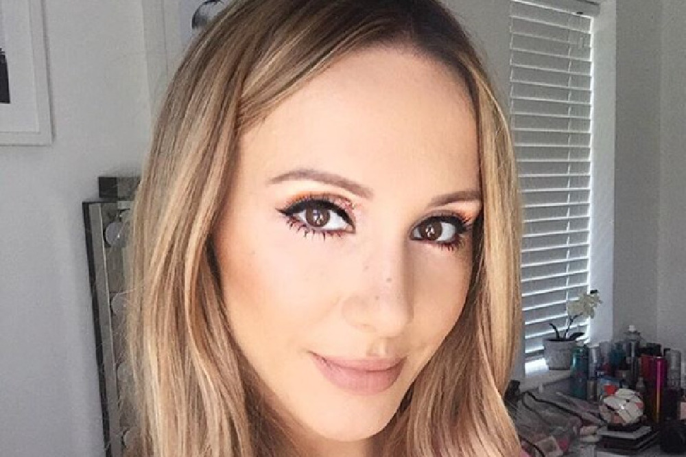Lyndsey Harrison tells us her top tips for this season make up