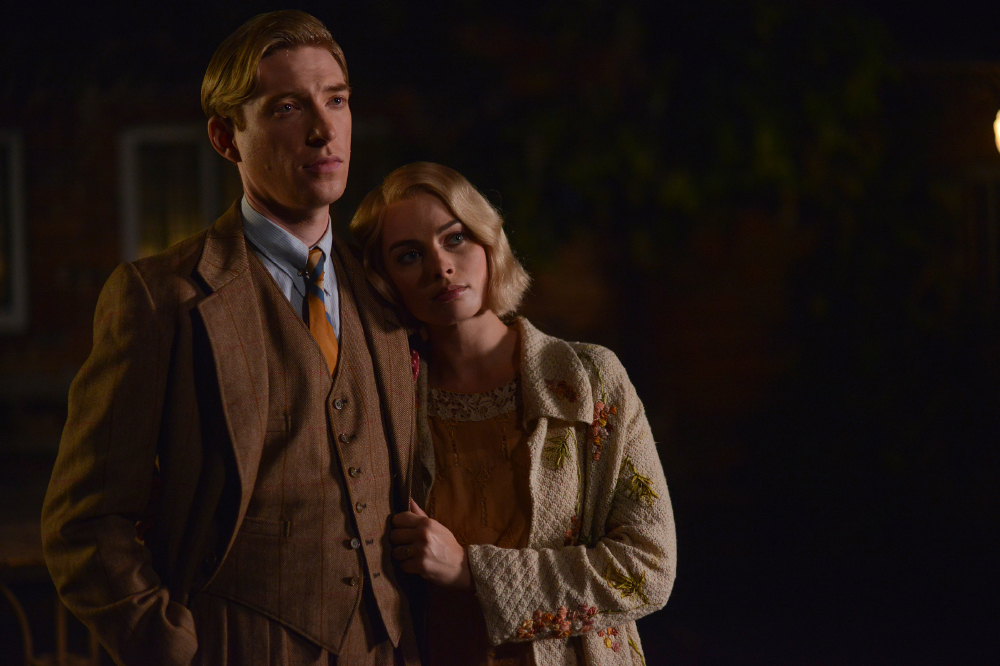 Domhnall Gleeson and Margot Robbie in Goodbye Christopher Robin / Photo by David Appleby