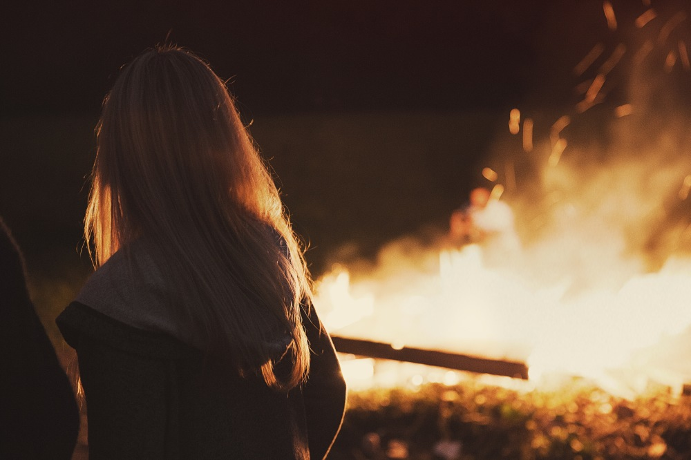 We find out what it means to dream about a bonfire