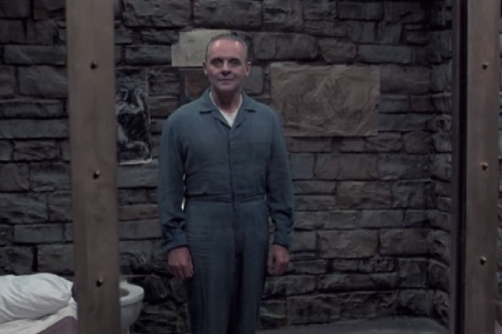 the silence of the lambs cinematography analysis Conclusion another aspect of the sound in this scene that makes it terrifying at times is the contrast between the near silence and jumpy loud noises.