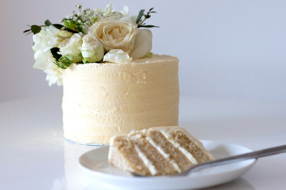Royal Lemon and Elderflower Cake