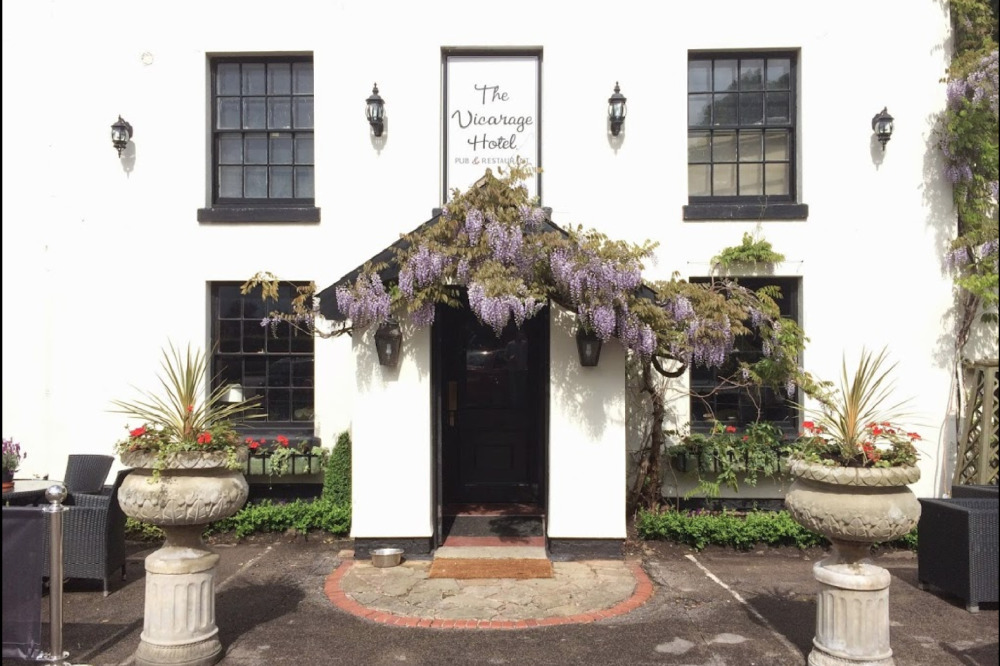 The Vicarage Hotel Holmes Chapel