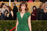 Alexis Bledel looks beautiful in emerald