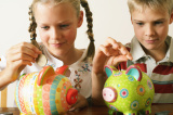 UK Parents Give £1.9billion a Year in Pocket Money