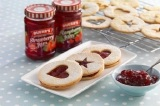 Homemade Treats: Jammy Dodgers Recipe