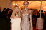 Rachel Zoe walked the carpet with Karolina Kurkova