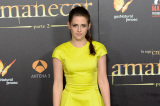 Kristen Stewart wore a bright Christian Dior mini for the Spain première