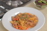VIDEO: Angela Griffin's Red Pesto Steak with Pasta and Peppers Recipe