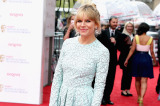 Sienna Miller walked the red carpet in Matthew Williamson