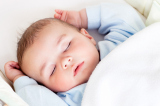 5 Top Tips to Help Your Baby Sleep Through the Night