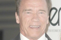 Arnold Schwarzenegger Loves Taking Selfies With Fans