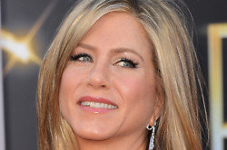 Jennifer Aniston will be 'nesting' in 2015