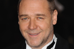 Russell Crowe At Les Miserables Premiere