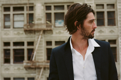 Ryan Bingham - Too Deep To Fill
