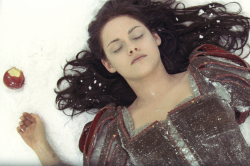Snow White And The Huntsman Featurette