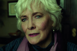 Split Exclusive - Betty Buckley Interview