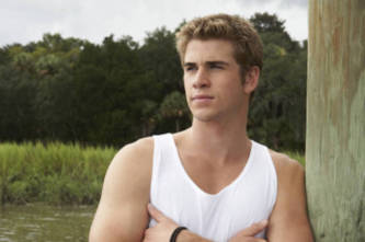 the-last-song---liam-hemsworth jpgLiam Hemsworth The Last Song Volleyball