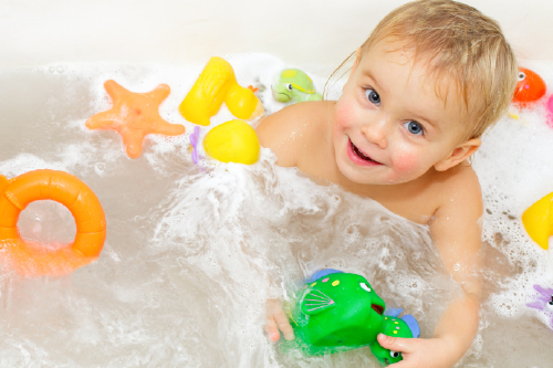 Top 5 Tips To Make Kid S Bath Time Fun Without Breaking