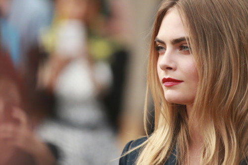 Cara Delevingne dating Jack O'Connell?