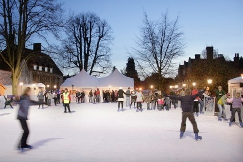 Christmas Ice Skating.Christmas Ice Skating England S Top 10 Open Air Ice Rinks