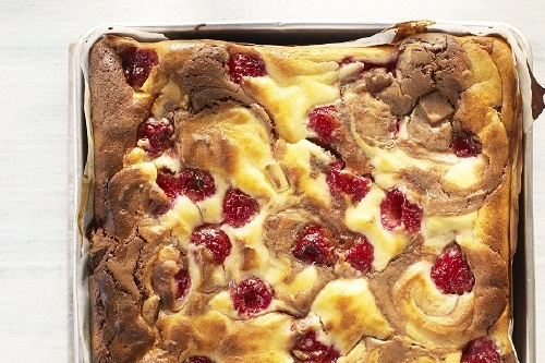 Fairtrade Fortnight: Chocolate and Raspberry Cheesecake Brownie Recipe