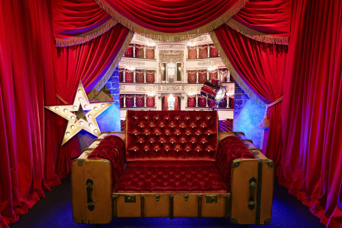 celebrity big brother vaudeville diary room chair revealed