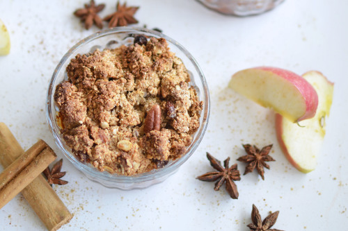 Vegan Gingerbread Crumbles