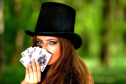 We find out what it means to dream about playing cards