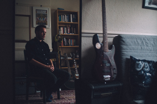 Ivan Moult's new album 'Longest Shadow' drops later this April