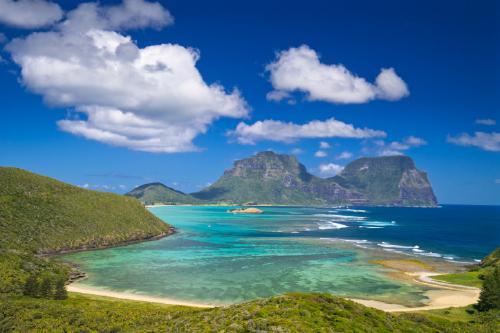 Islands Off The Coast Of Hawaii