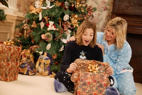 parenting news millions of kids will wake before 6am to open christmas presents