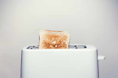 What does it mean to dream about toast?