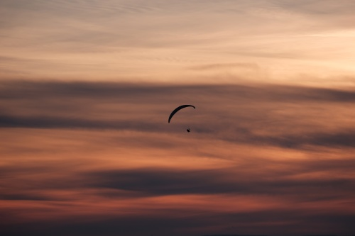 We find out what it means to dream about a parachute