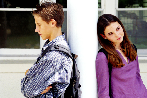 social problems caused by teenage dating