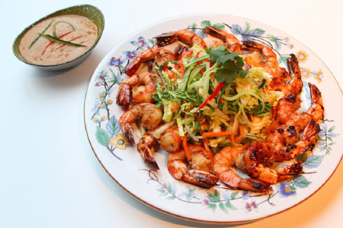 Griddled Prawn Thai Salad with a Peanut Dressing