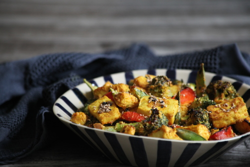 Grilled vegetables and tofu with tandoori sauce