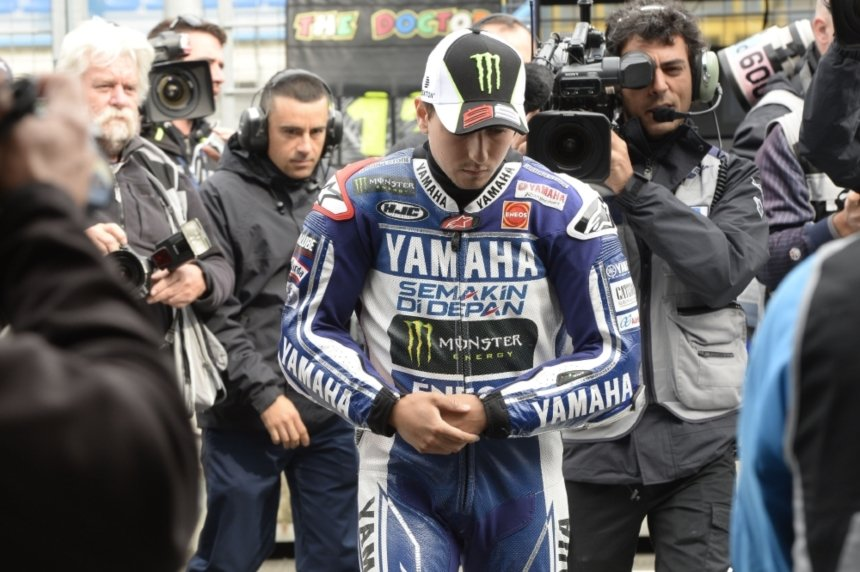 Jorge Lorenzo Defies Injury To Finish 5th At Assen