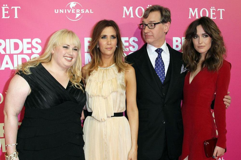 Bridesmaids cast and Paul Feig